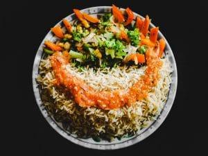 Cette salade de riz exceptionnelle est parfaite pour accompagner vos derniers  barbecues cet été