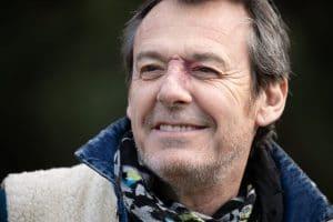 Les 12 Coups de midi : Jean-Luc Reichmann sous le choc après avoir vu l'émotion de la grand-mère de Bruno…